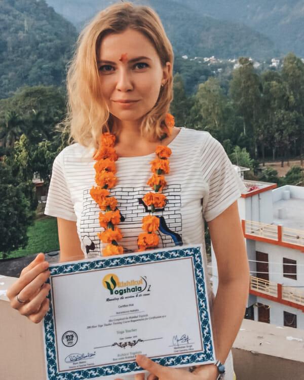 Ришикеш. Вручение сертификата Yoga teacher