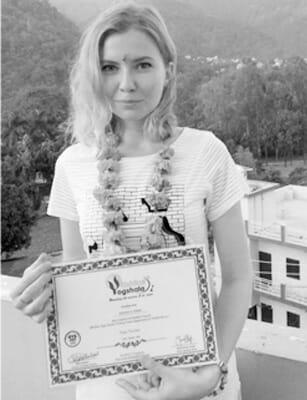 Сертифицированный учитель хатха и перинатальной йоги с международными сертификатами в Москве